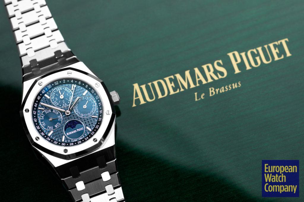 Audermars-Piguet-Royal-Oak-Perpetual-26574ST.OO.1220ST.02