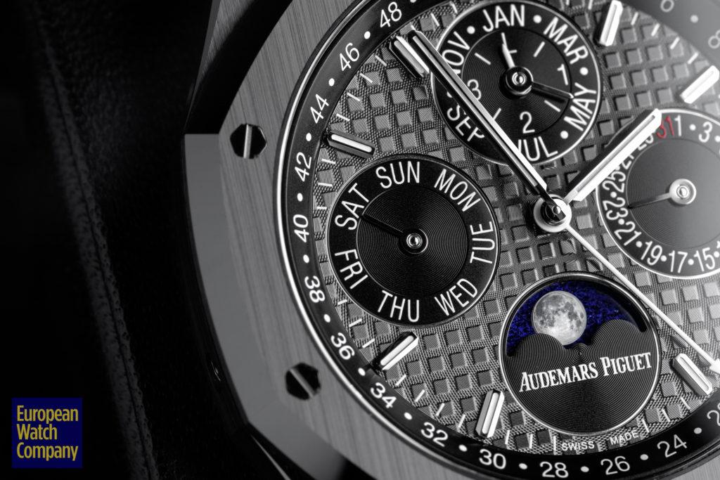 Audemars-Piguet-Royal-Oak-Perpetual-Calendar-Black-Ceramic-26579CE.OO_.1225CE.01