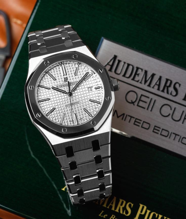 Audemars-Piguet-Royal-Oak-QEII-15403IP.OO_.1220IP.01